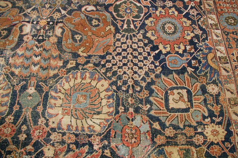 Antique 17th Century Persian Vase Kerman Carpet. Size: 11 ft 5 in x 20 ft 2 in  For Sale 4