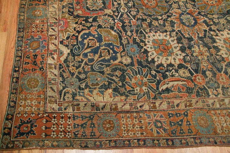 Antique 17th Century Persian Vase Kerman Carpet. Size: 11 ft 5 in x 20 ft 2 in  For Sale 1
