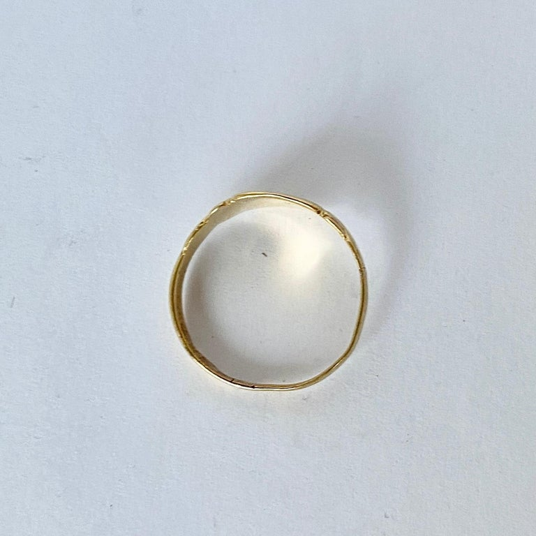 Antique 18 Carat Gold Signet Ring In Good Condition For Sale In Chipping Campden, GB