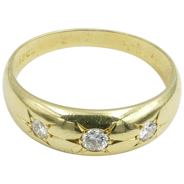 Antique 18 Carat Yellow Gold High Quality 3 Diamond Gypsy Ring For Sale