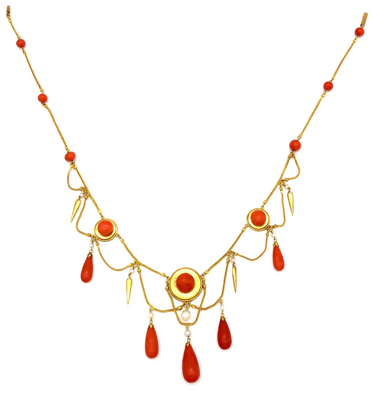 Antique 18 Karat Gold Archeological Revival Coral Orient Pearl Necklace France In Excellent Condition For Sale In Munich, Bavaria