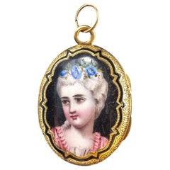 Antique 18 Karat Gold Victorian Locket Pendent