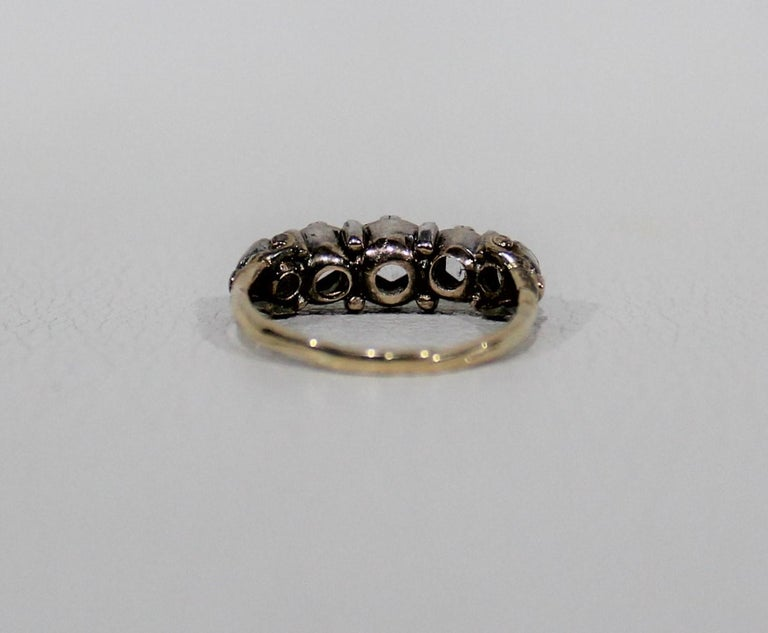 Antique 18-Karat Ladies Gold and Diamond Ring For Sale 2