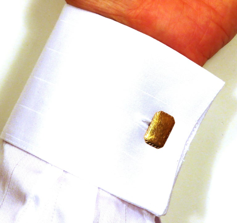 Retro Antique 18 Karat Yellow Gold Cufflinks Handcrafted in Italy For Sale