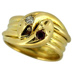 Antique 18 Karat Yellow Gold Snake Ring with Natural Ruby and Diamond, 1917