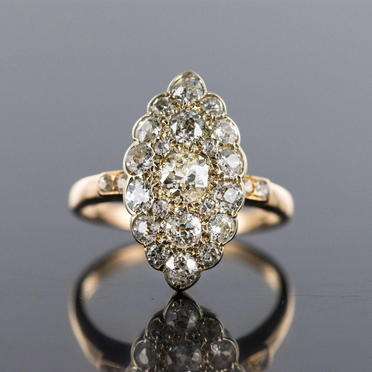 Retro Antique 1.80 Carat Diamonds 18 Karat Yellow White Gold Marquise Ring For Sale
