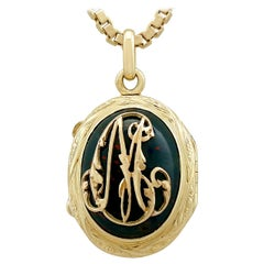 Antique 1880s Bloodstone and 18 Karat Yellow Gold Locket