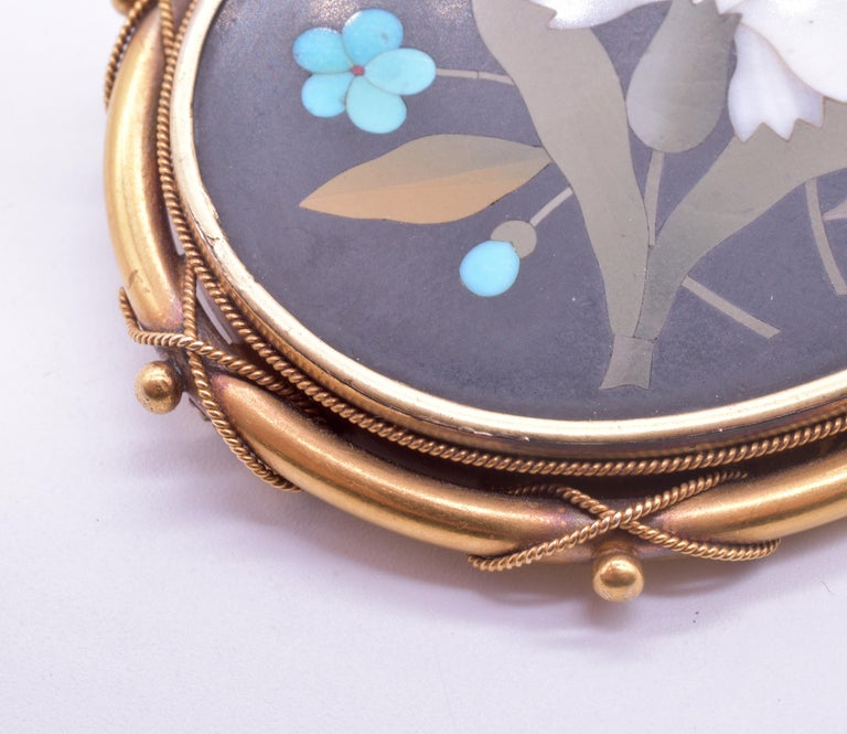 Antique 18 Carat Pietra-Dura Oval Flower Brooch with Intricate 18K Frame, c1860 For Sale 2