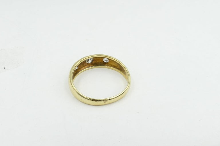Edwardian Antique 18 Carat Yellow Gold High Quality 3 Diamond Gypsy Ring For Sale