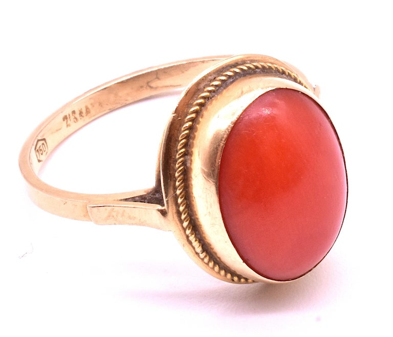 Antique 18 Karat Coral Ring, circa 1880 In Excellent Condition For Sale In Baltimore, MD