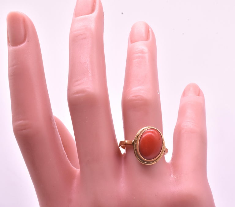 Antique 18 Karat Coral Ring, circa 1880 For Sale 1