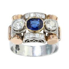 Antique 18kt White & Yellow Gold Ladies Ring with Sapphire and Diamonds, 1920's