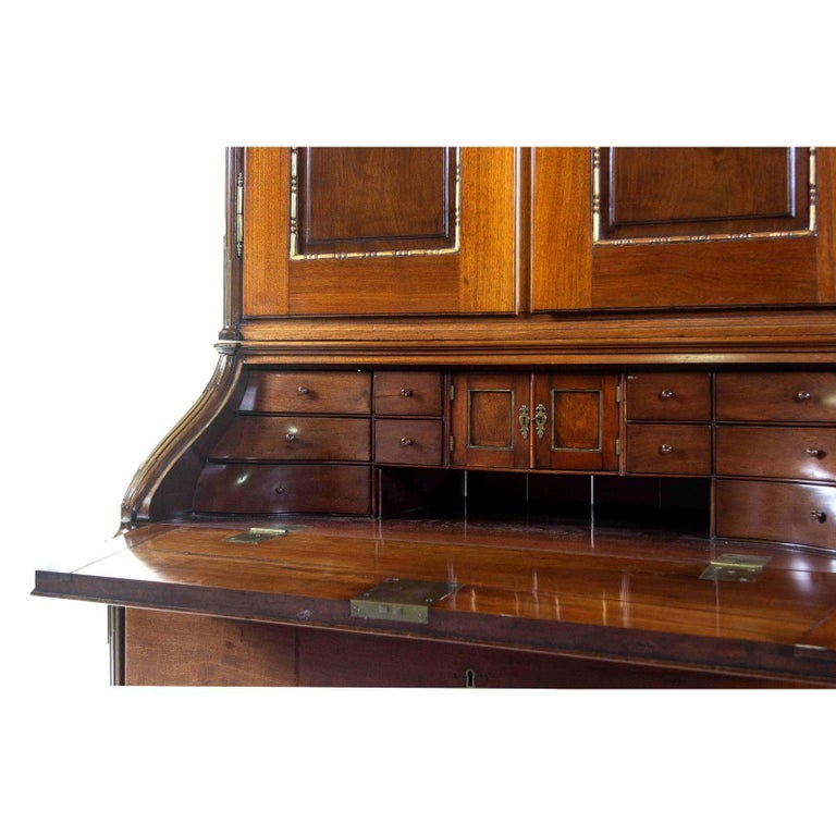 Antique 18th Century Neoclassical Parcel-Gilt Walnut Secretary Bookcase, Therien In Good Condition For Sale In LOS ANGELES, CA