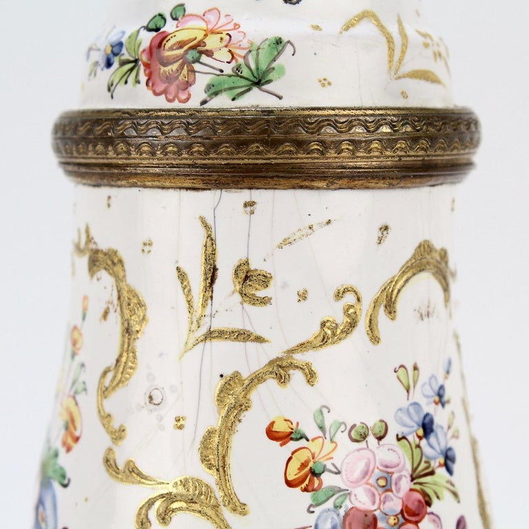 Antique 18th Century Bilston Battersea Enamel Muffineer or Sugar Shaker For Sale 4