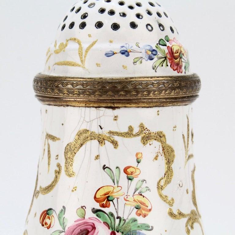 Antique 18th Century Bilston Battersea Enamel Muffineer or Sugar Shaker For Sale 3