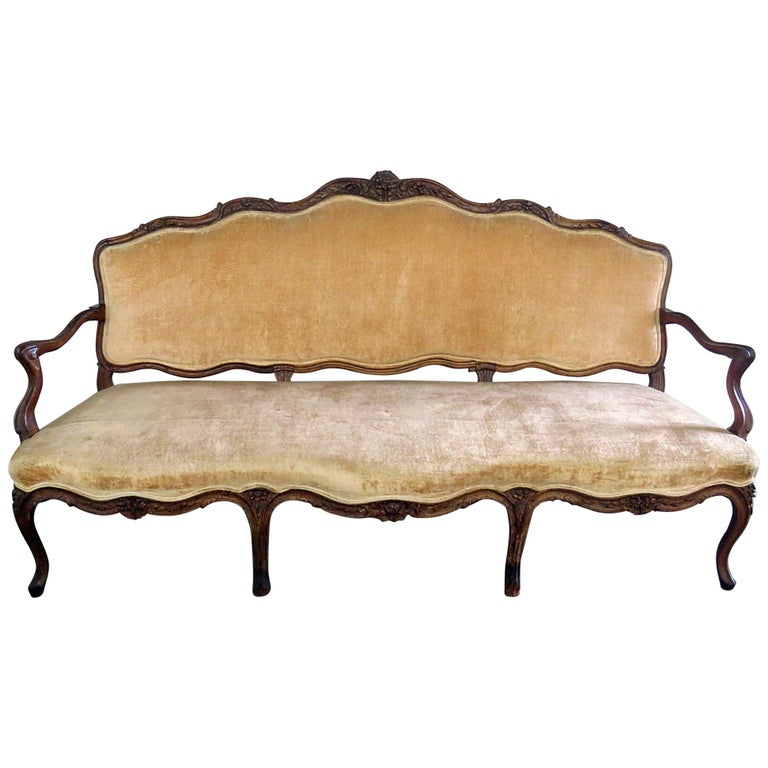 Large Period 1780s Era Carved Walnut French Louis XV Settee Sofa Couch For Sale