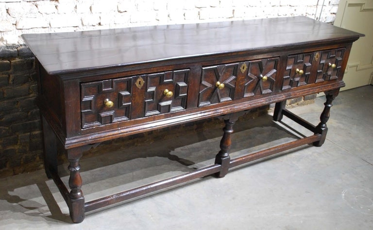 Antique 18th Century Oak Georgian English Dresser with Three Drawers For Sale 1