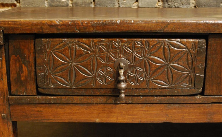 Antique 18th-Century Rustic Spanish Chestnut Coffee Table with Geometric Carving For Sale 3