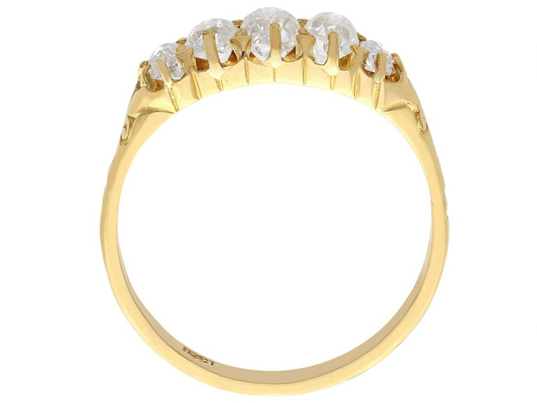 Women's Antique 1900s Diamond and Yellow Gold Five-Stone Ring For Sale