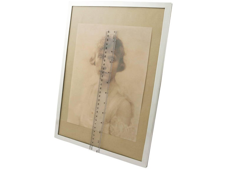 Antique 1910s Sterling Silver Photograph Frame For Sale 3