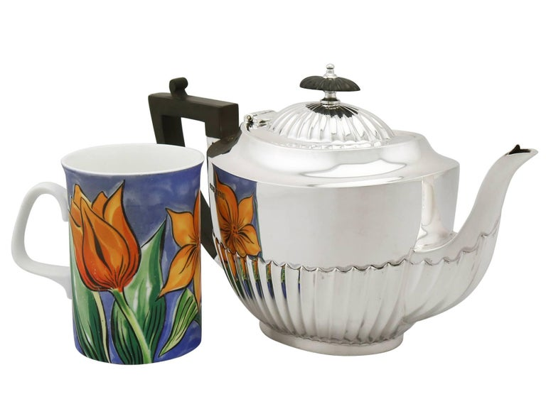 English Antique 1910s Sterling Silver Three-Piece Tea Service For Sale