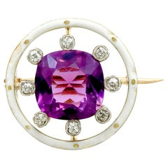 Antique 1920s 2.26 Carat Amethyst and Diamond Yellow Gold Brooch