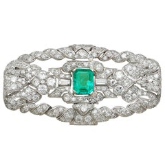 Antique 1.98 Carat Emerald 5.22 Carat Diamond Platinum Brooch