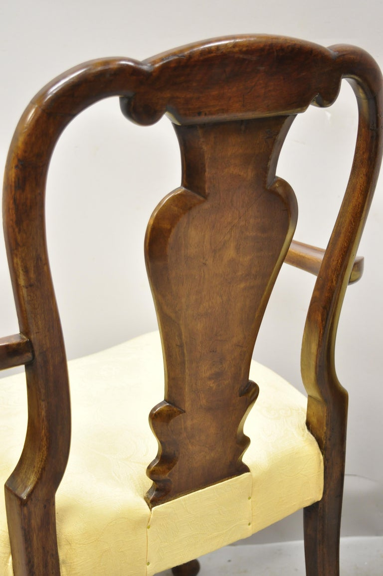19th Century English Queen Anne Burr Walnut Splat Back Dining Chair, Set of 8 For Sale 7