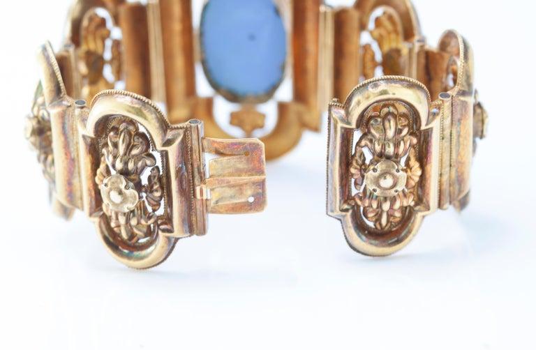 Antique 19th Century 18 Karat Gold Bracelet, circa 1870s For Sale 2