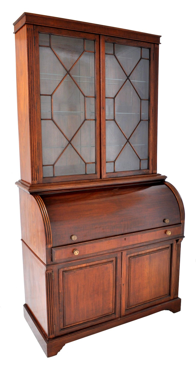 Victorian 19th Century American Mahogany Cylinder Bookcase/Secretary/Desk, circa 1860 For Sale