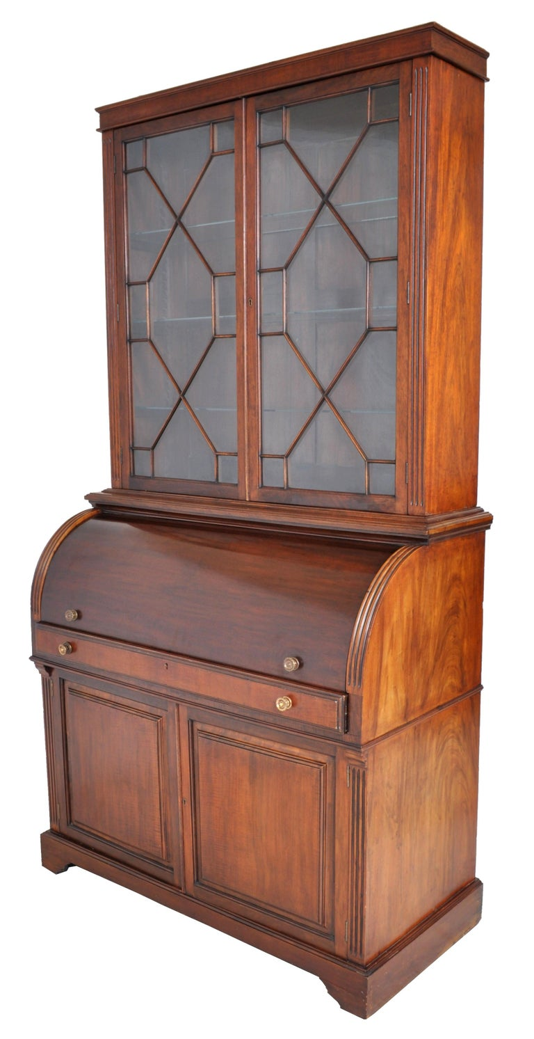 19th Century American Mahogany Cylinder Bookcase/Secretary/Desk, circa 1860 For Sale 1