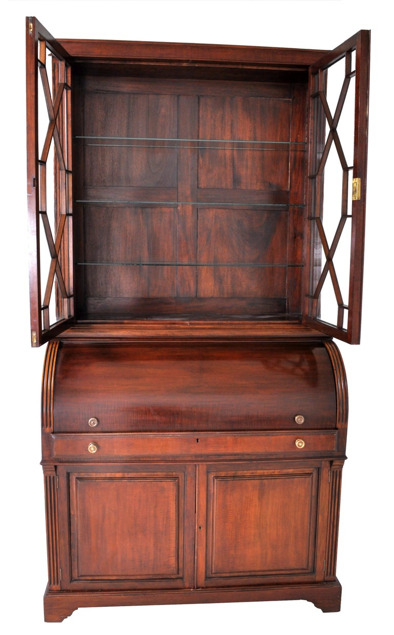 19th Century American Mahogany Cylinder Bookcase/Secretary/Desk, circa 1860 For Sale 3