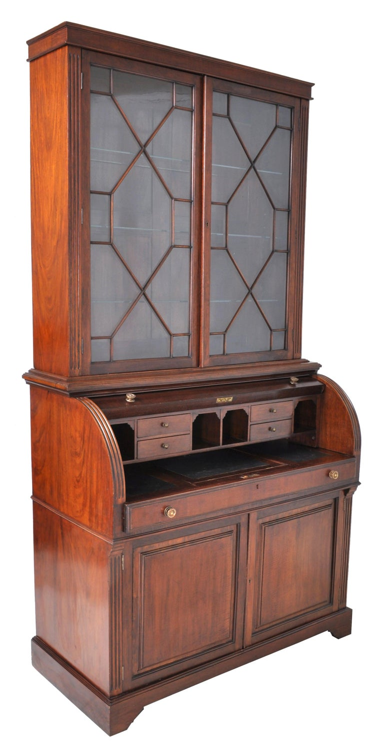 19th Century American Mahogany Cylinder Bookcase/Secretary/Desk, circa 1860 For Sale 4