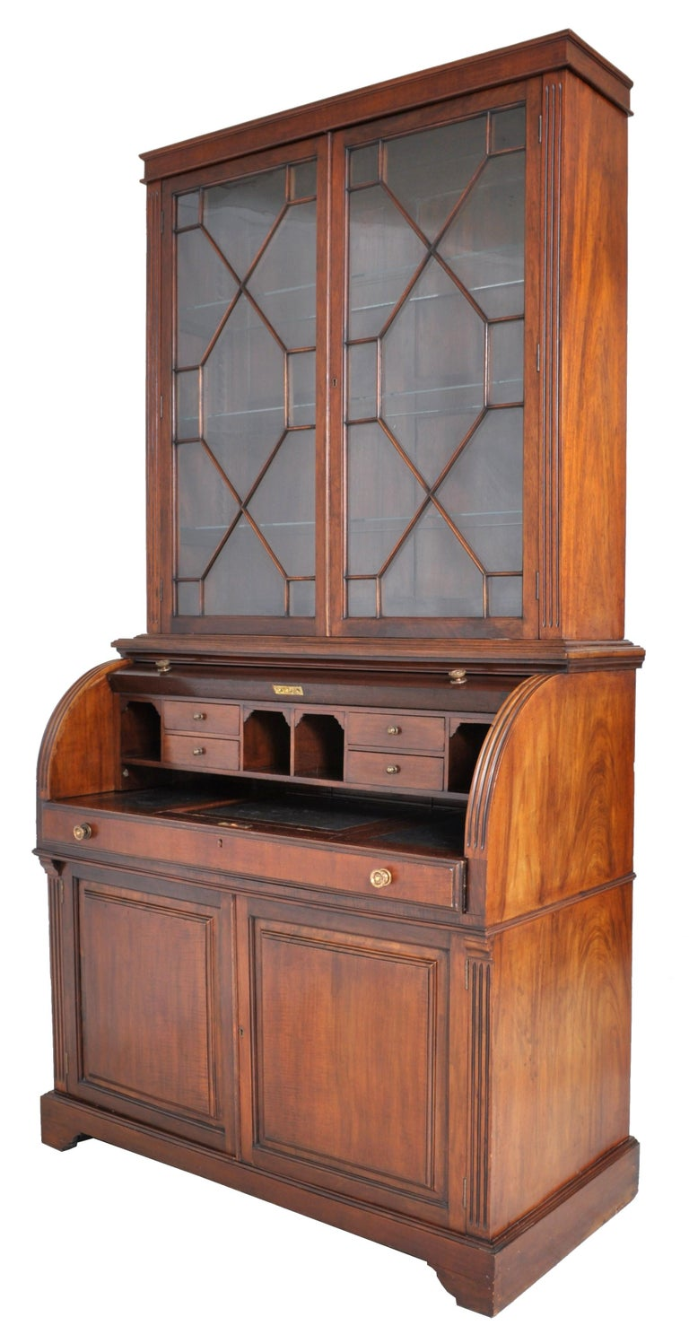 19th Century American Mahogany Cylinder Bookcase/Secretary/Desk, circa 1860 For Sale 5