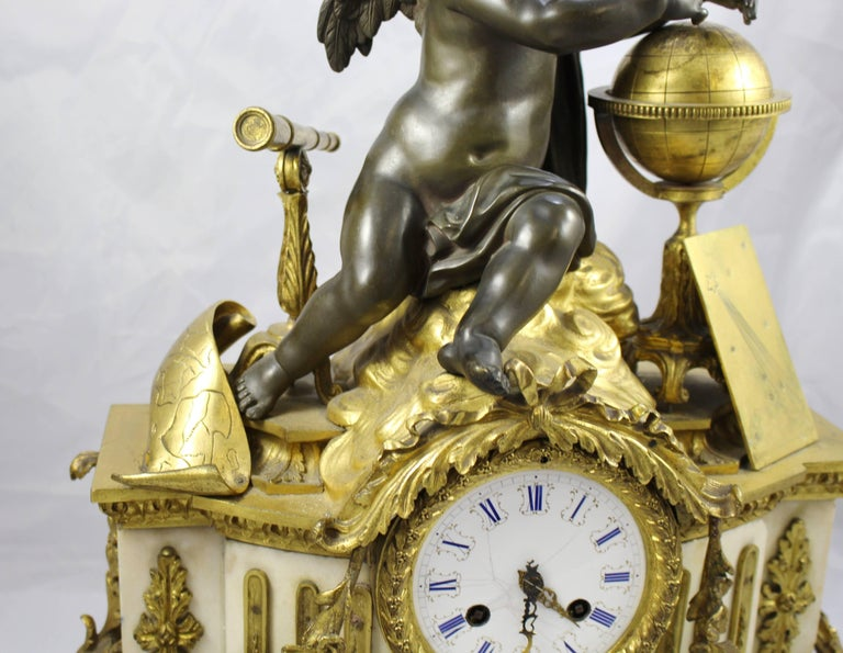 Antique 19th Century Bronze and Marble Ormolu Mantle Clock For Sale 3
