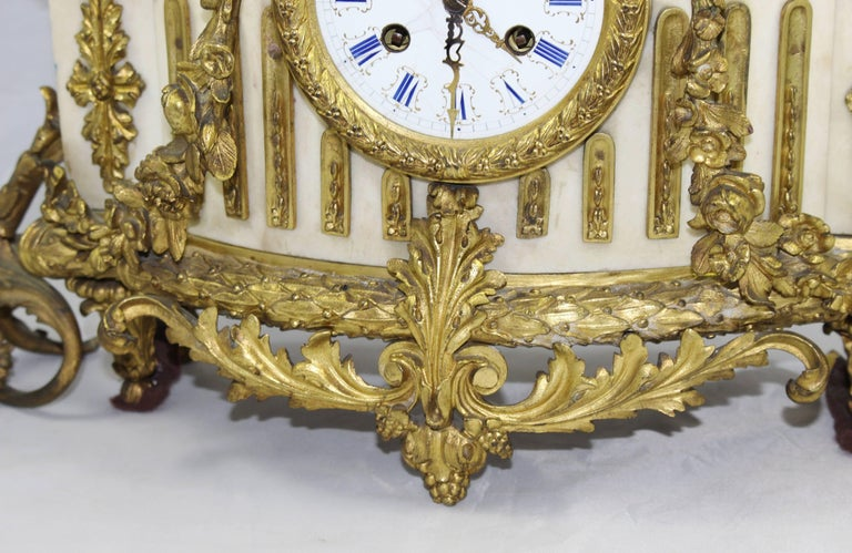 Antique 19th Century Bronze and Marble Ormolu Mantle Clock For Sale 5