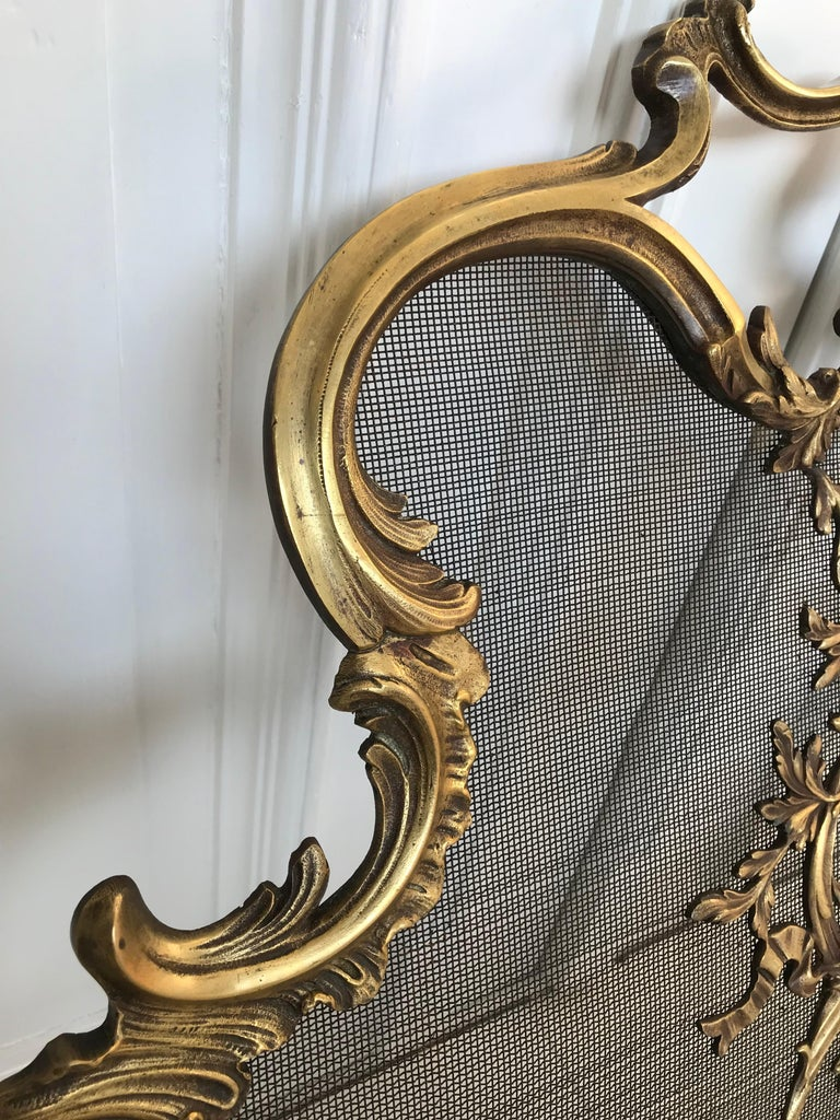 Antique 19th Century Bronze and Wrought Iron Firescreen with Mint Wire Mesh For Sale 6