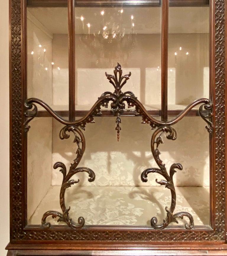 Antique 19th Century Carved Mahogany Secretary Bookcase, circa 1880-1890 For Sale 3
