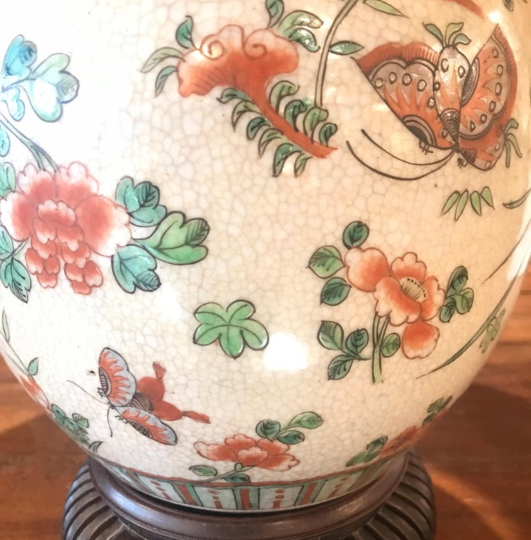 Chinese Export Antique 19th Century Chinese Porcelain Lamp For Sale