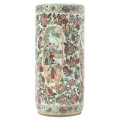 Antique 19th Century Chinese Rose Medallion Porcelain Umbrella Stand
