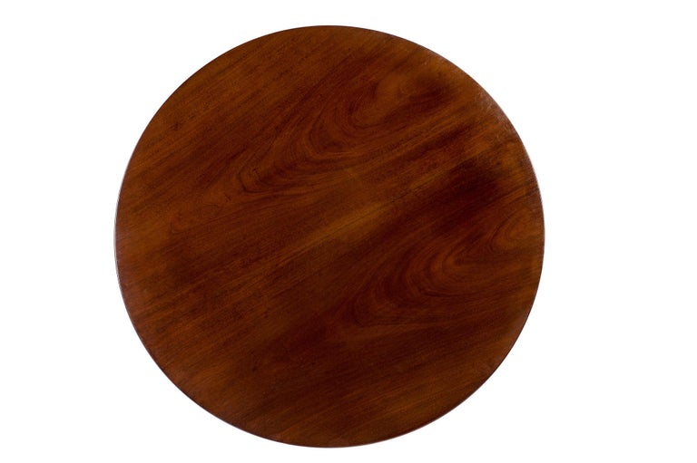 Antique 19th Century Dutch Empire Round Mahogany Dining Table In Good Condition For Sale In Casteren, NL