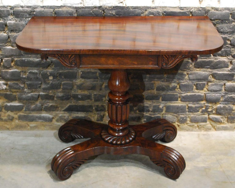 Polished Antique 19th Century English Regency Flame Mahogany Occasional Table For Sale