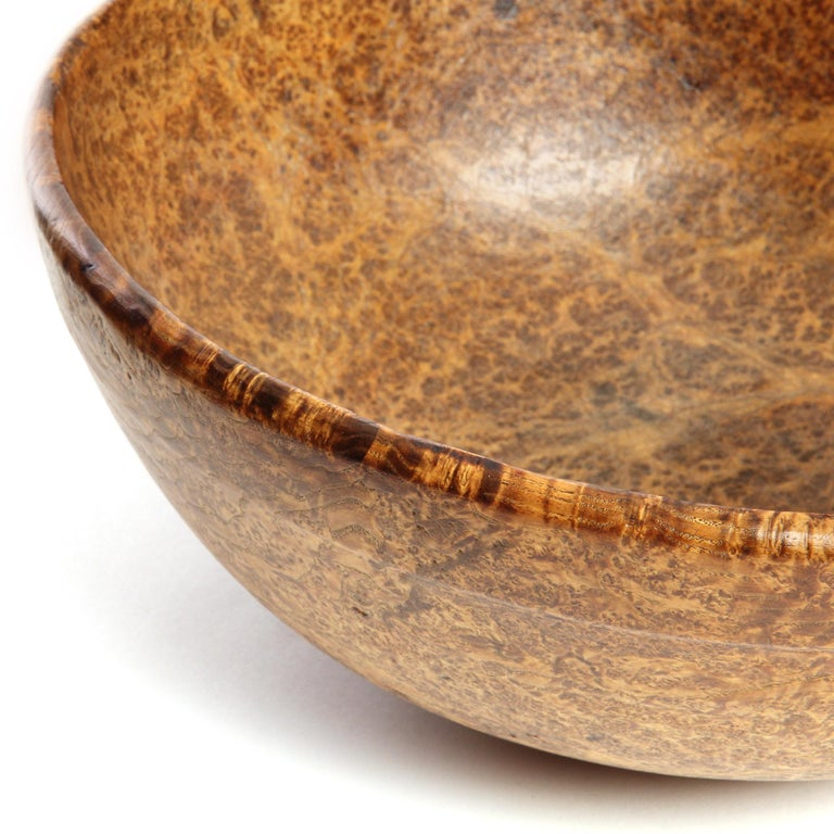 American Antique 19th Century Handmade Burled Maple Bowl For Sale
