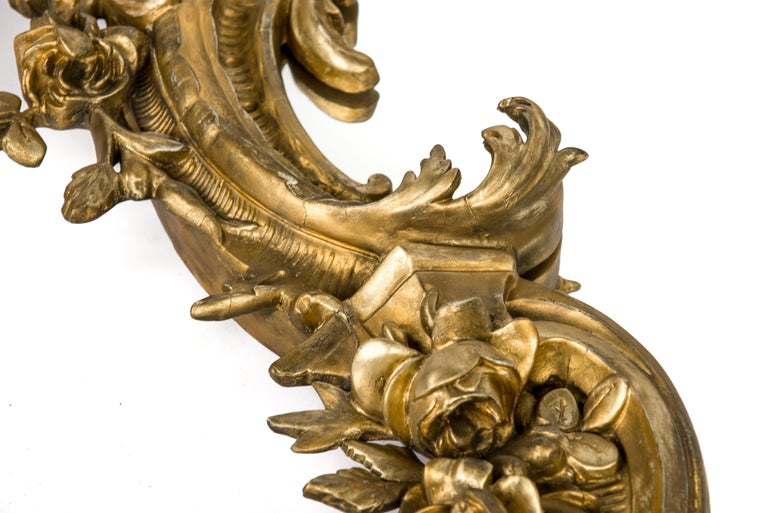 Antique 19th Century Italian Gold Rococo Wall Mirror with Large Cherub or Putti In Good Condition For Sale In Casteren, NL