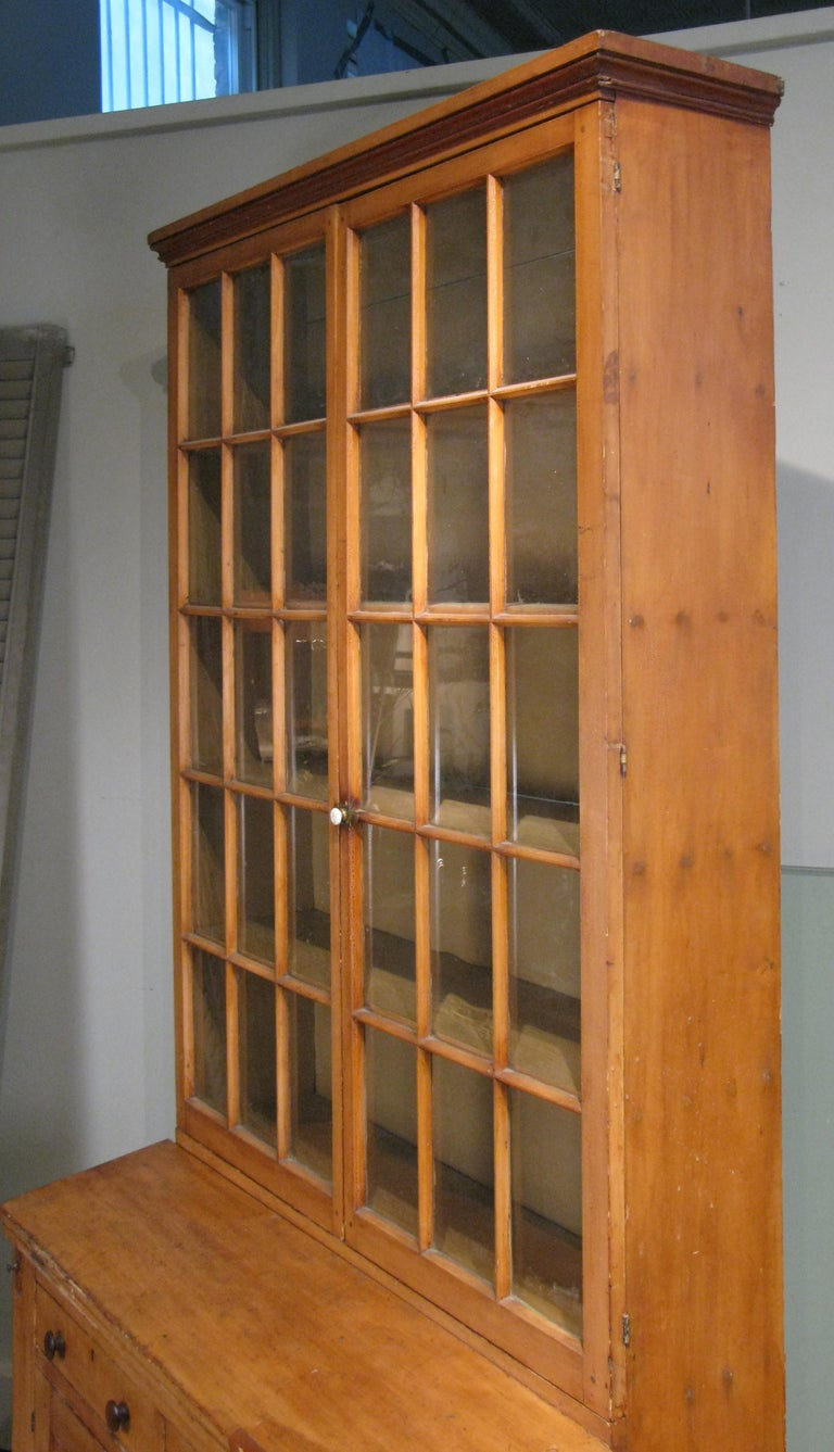 Antique 19th Century Pine Secretary Bookcase Desk In Good Condition For Sale In Hudson, NY