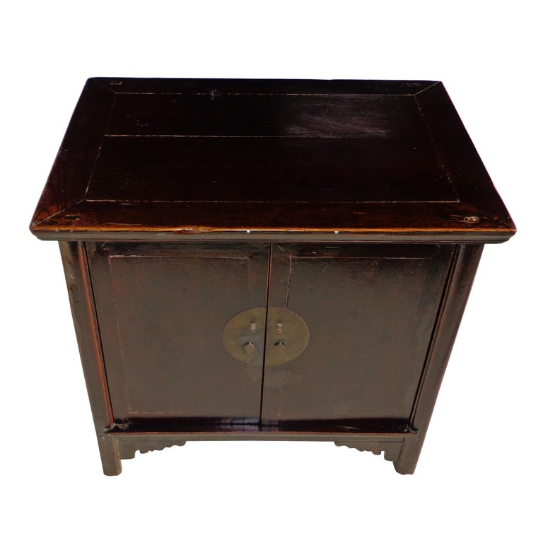 Elm Antique 19th Century Qing Chinese Cabinet For Sale