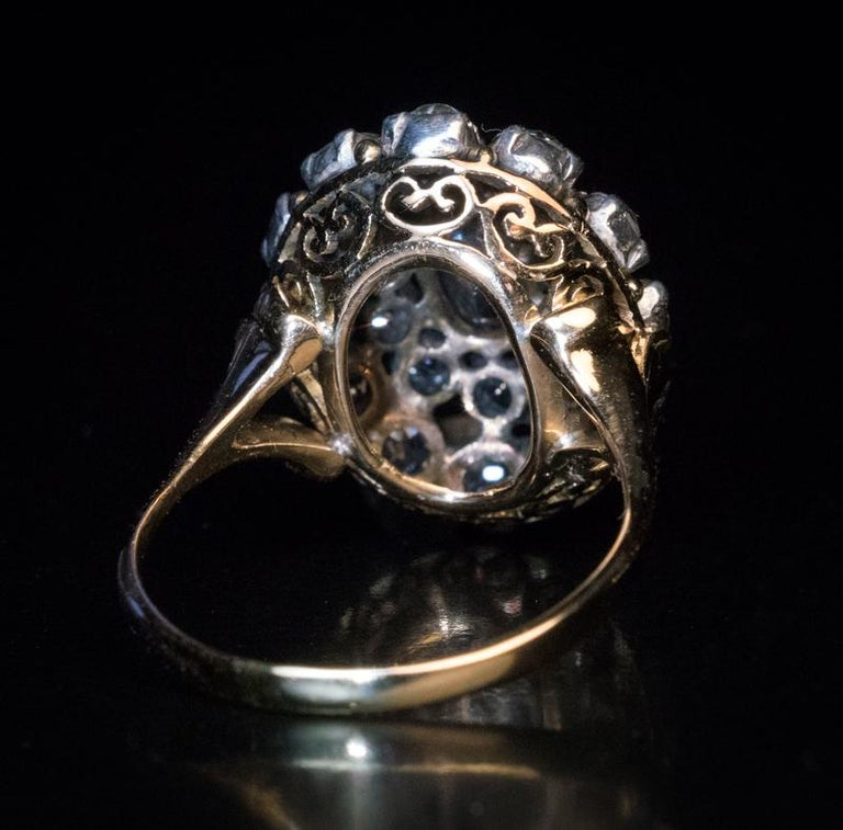 Antique 19th Century Russian Alexandrite Diamond Cluster Ring In Excellent Condition For Sale In Chicago, IL