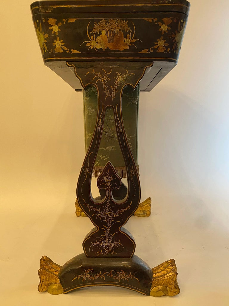 Antique 19th Century Small Chinese Lacquer Sewing Table For Sale 10