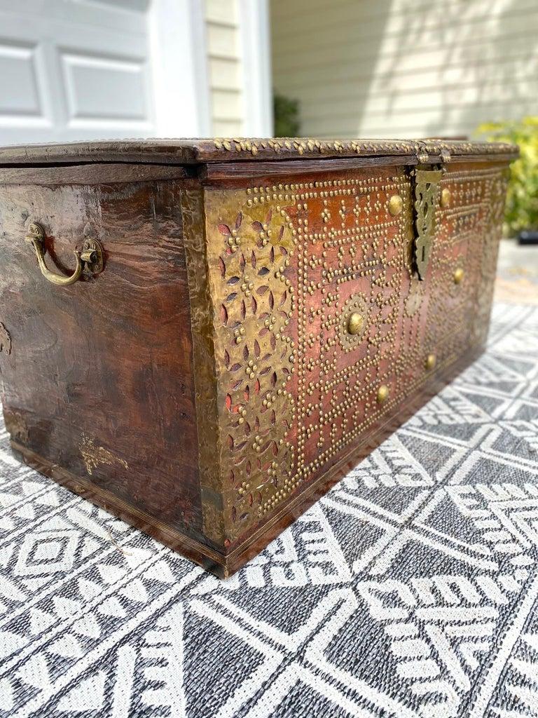 Antique 19th Century Teak Wood and Brass Studded Zanzibar Chest, c. 1850's For Sale 1