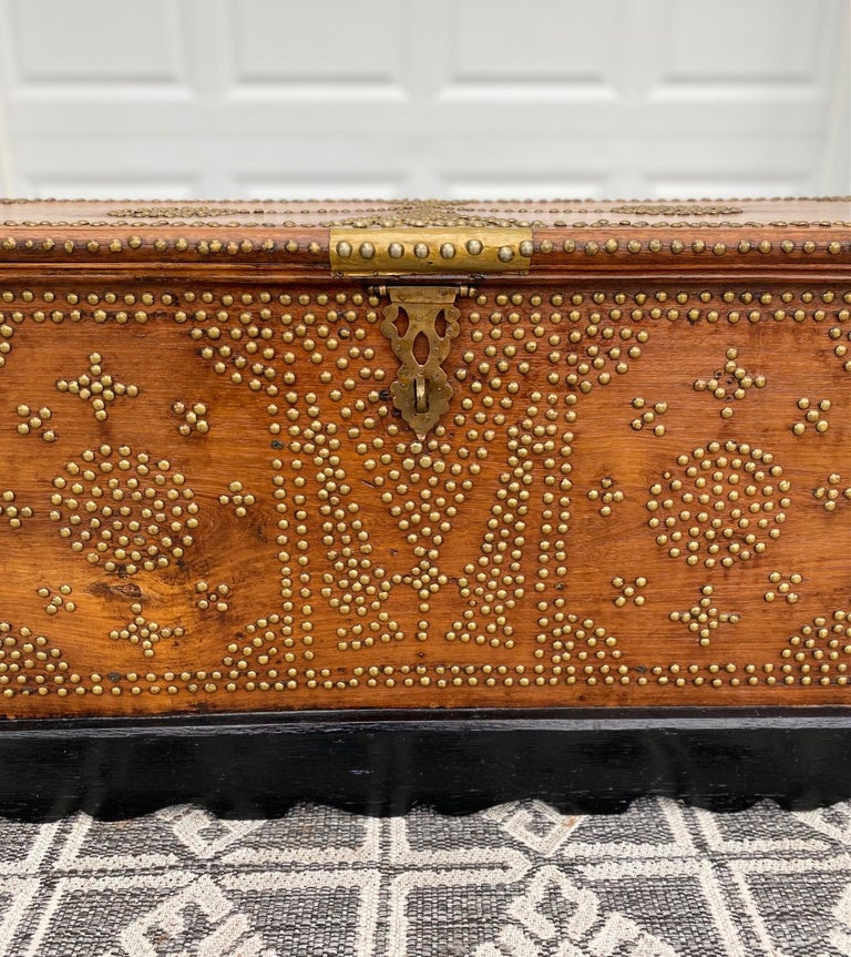 Antique 19th Century Zanzibar Chest in Teak Wood with Brass Overlay and Studs For Sale 2